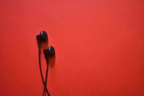 earphones for hoodie pocket
